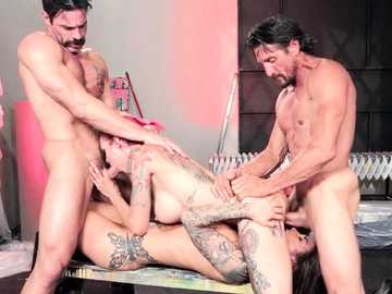 Felicity Feline and Anna Bell Peaks choke on throat fucking in foursome