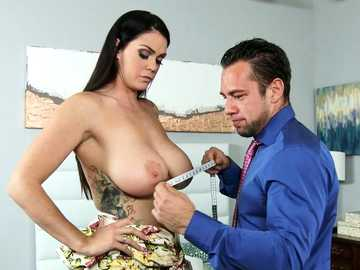 Dark-haired lassie with huge sagging tits Alison Tyler seduces tailor